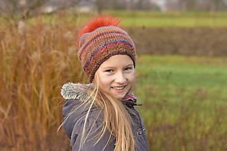 Detské čiapky - ZĽAVA z 20 na 11 eur - Škoricová dievčenská čiapka s bombuľou - 8873068_