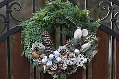 - Vianočný veniec na dvere - 8870278_