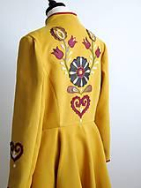 Kabáty - folk kabát s ornamentami - horčicový - 8868897_