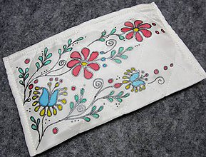 Taštičky - Hodvábna taštička s ornamentom - 8875901_