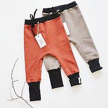 Detské oblečenie - Rastúce tepláky - 8879496_