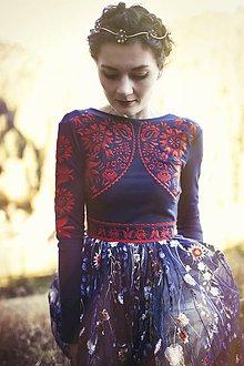 Šaty - Čierno červené vyšívané šaty Slavianka - 8876904_