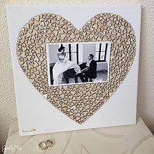 Obrázky - Srdiečkové srdce s fotkou 30x30cm (bez červených srdiečok) - 8878550_