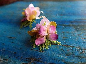 Náušnice - fialovo-zelené květinové náušničky - 8879174_