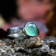 Prstene - Voda - strieborný prsteň s chalcedónom - 8878742_