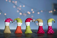 Dekorácie - Vianočný škriatok - 8877524_