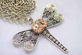 Náhrdelníky - Steampunkový náhrdelník Vážka - 8874443_