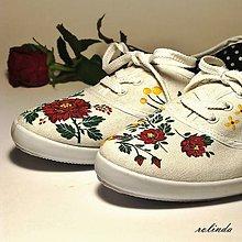 Obuv - Tenisky s růžemi - 8879932_