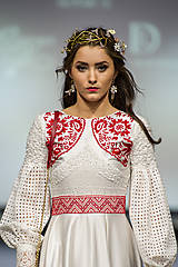Ozdoby do vlasov - Mosadzný exkluzívny konárikový venček s kvetmi, ruženínmi a guličkami - Slavianka - 8881848_