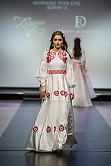 Ozdoby do vlasov - Mosadzný exkluzívny konárikový venček s kvetmi, ruženínmi a guličkami - Slavianka - 8881849_