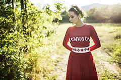 Šaty - Červené midi tylové šaty Slavianka - 8881512_