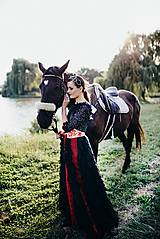 Šaty - Čierne lupienkové šaty Slavianka - 8881658_