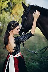 Šaty - Čierne lupienkové šaty Slavianka - 8881659_