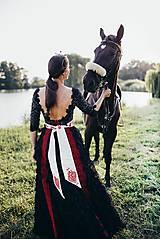 Šaty - Čierne lupienkové šaty Slavianka - 8881660_