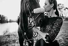 Šaty - Čierne lupienkové šaty Slavianka - 8881670_