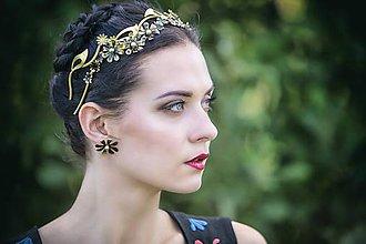 Ozdoby do vlasov - Jednoradová mosadzná čelenka s čiernymi kvetmi a guličkami - Slavianka - 8885584_