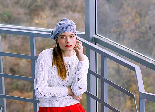 Svetre/Pulóvre - Biely svetrík s perličkami - 8887521_