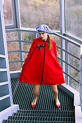 Kabáty - Červený áčkový kabát - 8887161_