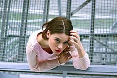 Šaty - Hodvábne ružovkasté šaty s bodkami - 8887222_