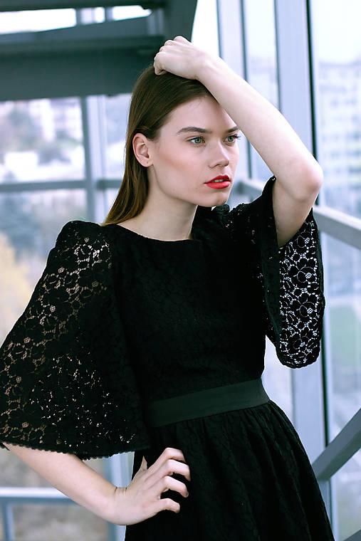 d9cc018229de Čierne krajkové pompézne šaty   VivienMihalish - SAShE.sk - Handmade ...