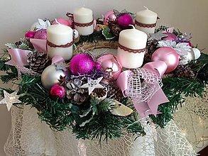 Dekorácie - Velký ruzovy Adventny veniec 50cm-zlava - 8885771_