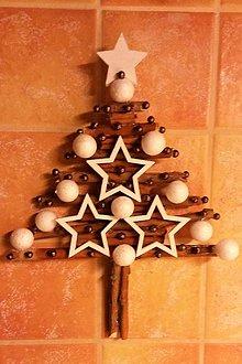 Dekorácie - drevenoškoricový stromček - 8892333_