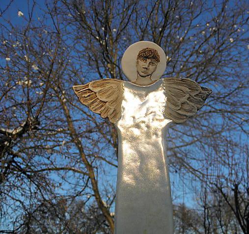 Anjel na stenu  ( väčší )