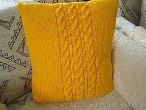 Úžitkový textil - pletený vankúš - 8893931_