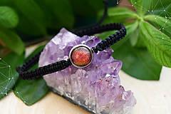 Sady šperkov - Makramé náramok a náušnice s dichroickým sklom - 8893334_