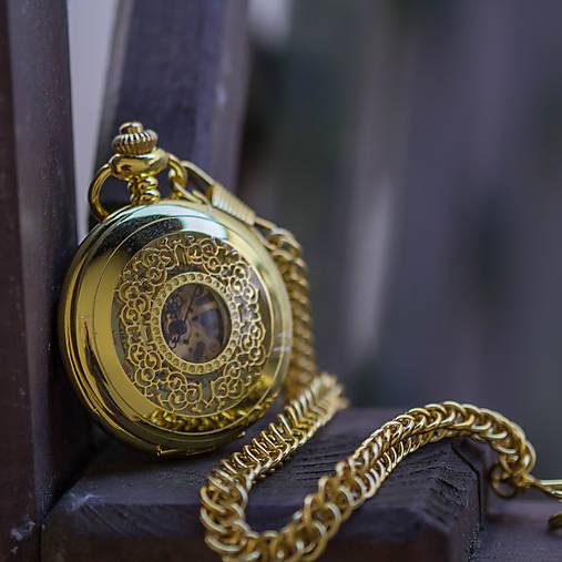 Mechanické vreckové hodinky s krúžkovanou reťazou (24)