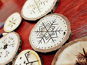 Dekorácie - Drevené vianočné ozdoby - 8898682_
