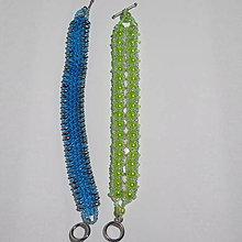 Náramky - zelenkavý šitý náramok - 8897621_