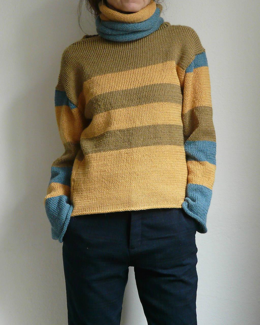 Svetre/Pulóvre - žltozelený pásikový pulover so šálom - 8900297_