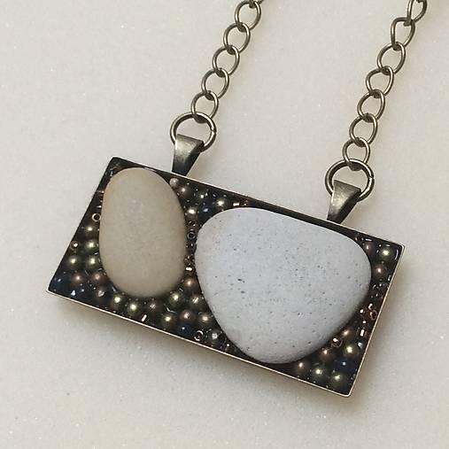 náhrdelník: kamene 1