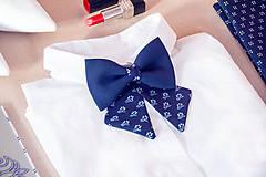 Náhrdelníky - Dámsky modrotlačový motýlik I. - 8904159_