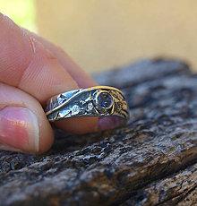 Prstene - Živá voda - strieborný prsteň s iolitom - 8903694_