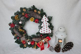 Dekorácie - vianocny veniec - 8902641_