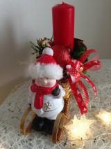 Dekorácie - Vianočný svietnik sánky dievcatko-zlava - 8902434_