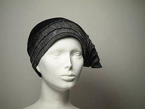 Čiapky - Šedo-čierna Vintage čiapka z jemnej Merino vlny - 8906534_