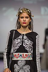 Ozdoby do vlasov - Exkluzívny konárikový biely kvietkový venček s prírodnými bielymi jadeitmi a listami - Slavianka - 8907175_