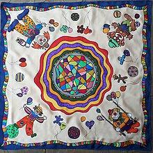 Detské doplnky - Veselí klauni-detská hodvábna maľovaná šatka - 8909256_