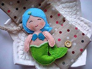 Hračky - Drobnosti v kapsičke pre dievčatá (Morská víla: zeleno-modrá) - 8907078_