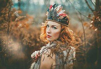 Ozdoby do vlasov - Bohémska čelenka z peria a kožičky - 8908367_