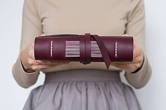 Papiernictvo - Ručne viazaný kožený zápisník Viola - 8906445_