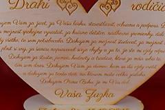 Darčeky pre svadobčanov - Drevene srdiečko ako poďakovanie rodičom  2 - 8907970_