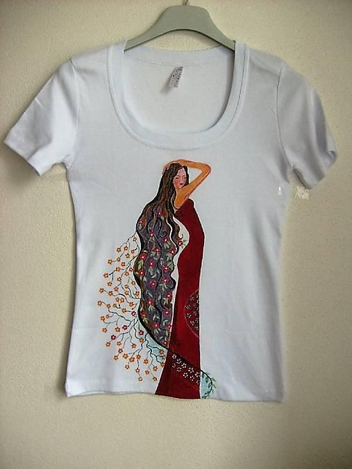 b8ecc08830e9 Dámske tričko Žena