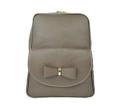 Batohy - Kožený ruksak z pravej kože v hnedej farbe - 8911828_