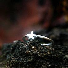 Prstene - Hviezdička - strieborný prsteň - 8911363_