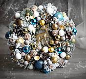 Dekorácie - Snehový Vianočný veniec na dvere s jelenčekom - 8910773_