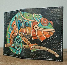 Peňaženky - Steampunk Iron Chameleon - kožená dokladovka - 8914348_